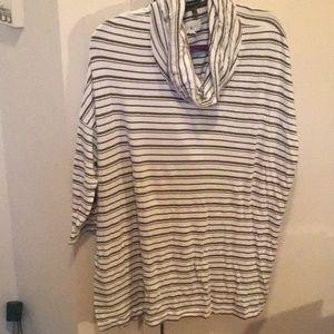 Sweatshirt - cowl neck, 3/4 length sleeves